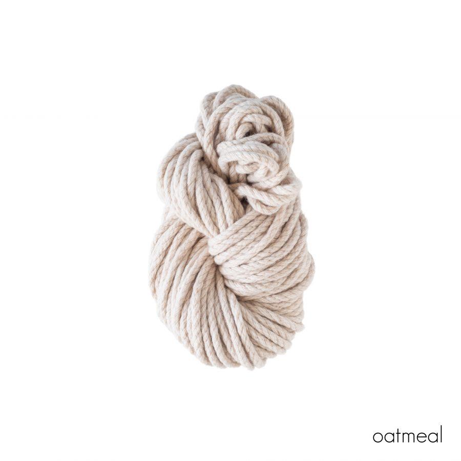 Homelea Bliss 300g Skein Oatmeal   Homelea Lass Contemporary Crochet