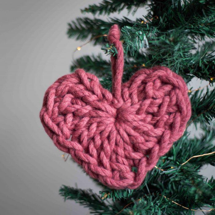 >Chunky Heart Crochet Kit