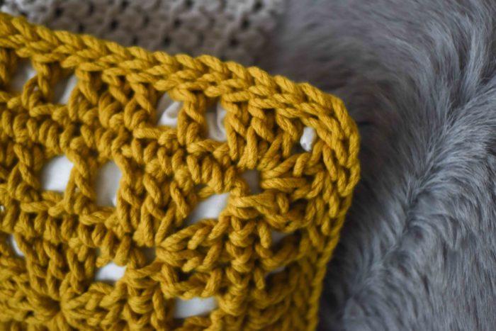 How to Crochet a Chunky Cushion | Homelea Lass