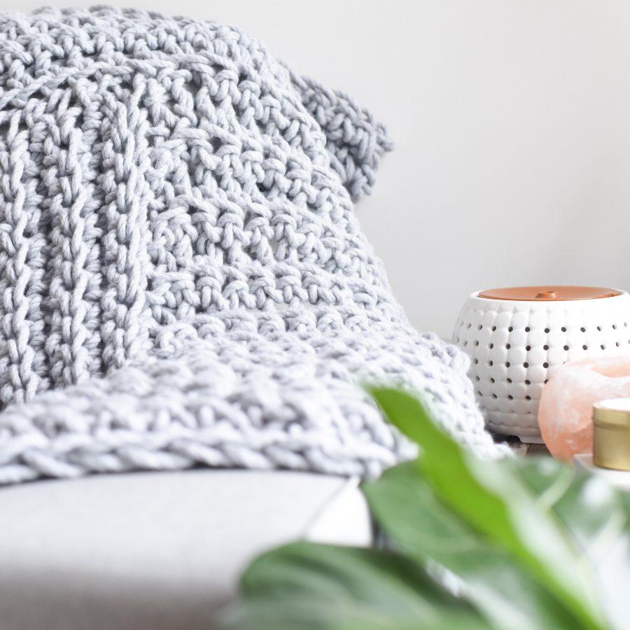 Blanket School - learn how to crochet chunky blankets | Homelea Lass