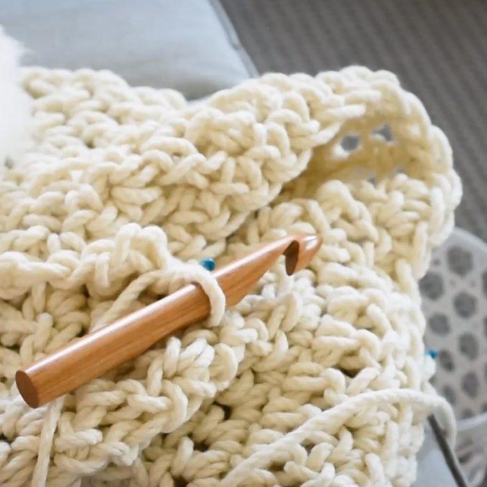 Warm Heart Blanket Crochet Kit - Australian Merino wool - detailed instructions   Homelea Lass