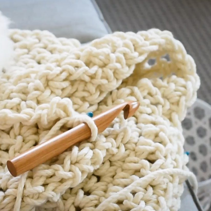 Warm Heart Blanket Crochet Kit - Australian Merino wool - detailed instructions | Homelea Lass