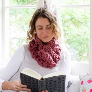 Melbourne Snood - chunky Australian Merino Wool Yarn | Homelea Lass
