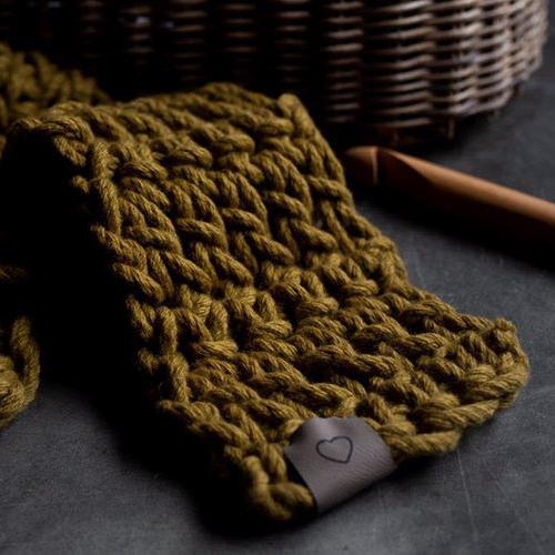 Chunky Scarf Crochet Kit - learn to crochet - Australian Merino Wool - cumin Warm Heart Scarf | Homelea Lass
