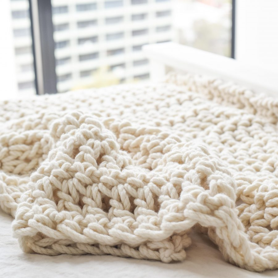 Warm Heart Blanket - Chunky Blanket Crochet Pattern | Homelea Lass Contemporary Crochet