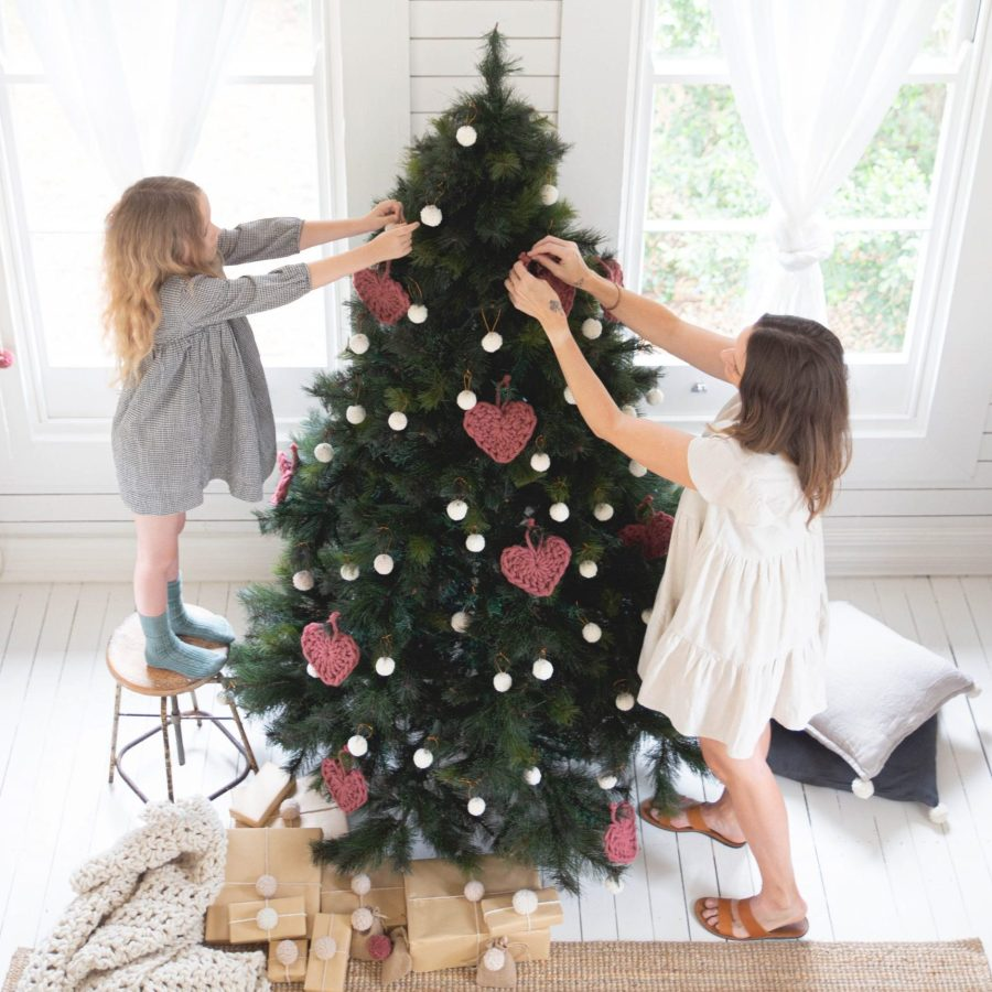 Christmas Tree with PomPom Baubles and Hearts | Homelea Lass